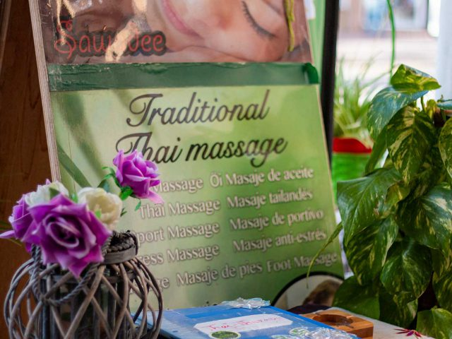 Offers: Decoration in Sasitons Thai Massage Studio in Palmanova